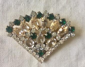 66d925e7c Beautiful vintage clear And emerald green rhinestone fan pin brooch