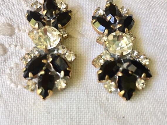 Beautiful   vintage austrian glass  earrings - image 4