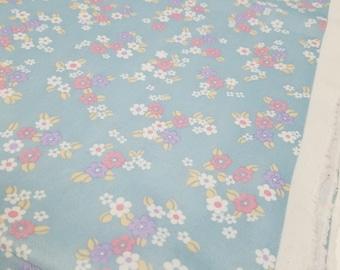 Vintage Cotton Poly Blend Retro Pattern Fabric (2 Yards)
