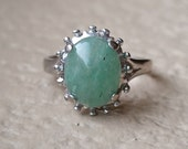Vintage Retro 10 x 8 Cabochon Jade Ring in 10K White Gold Size 5.5