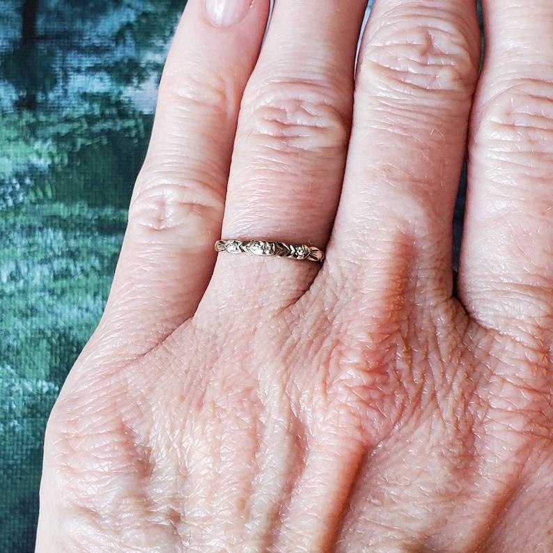 Art Deco Band Ring Midi ring Vintage Diamond Wedding Band Ring in Yellow Gold Pinky Ring Stacking Band