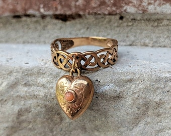 Antique Victorian Heart Coral Celtic Dangle Charm Ring   Vintage Rose Gold Band Ring