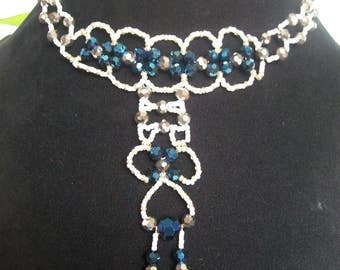 Necklace with seed beads and swarovski