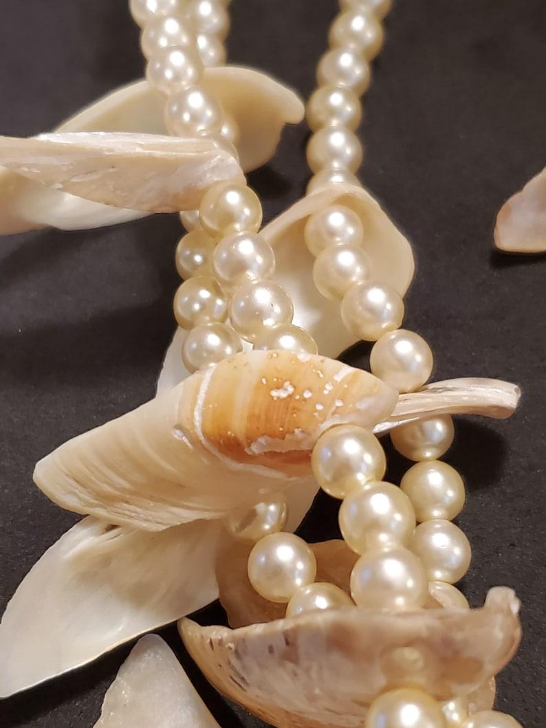 Faux Pearls Angel Wings Sea Shells Necklace Earrings Set
