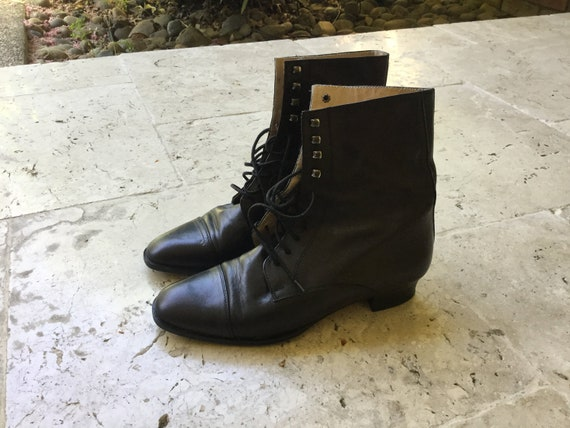 vintage leather boots ankle boots classic 90s tied