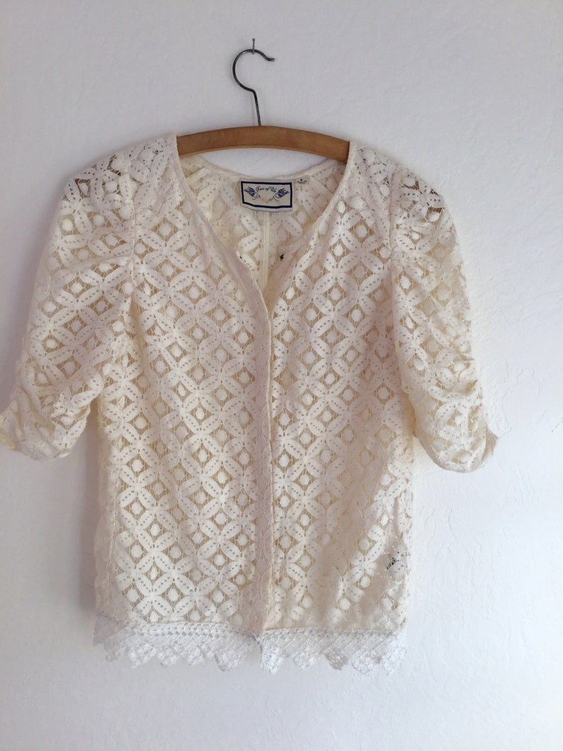 6c4fb4ddd2fe3e Ucycled recycled blouse cream top lace top blouse