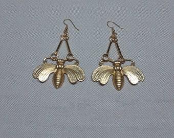 the Bee Earrings romantic earrings brass jewelry easy-to-wear jewelry everyday jewelry designers jewelry Handmade jewelry romantic
