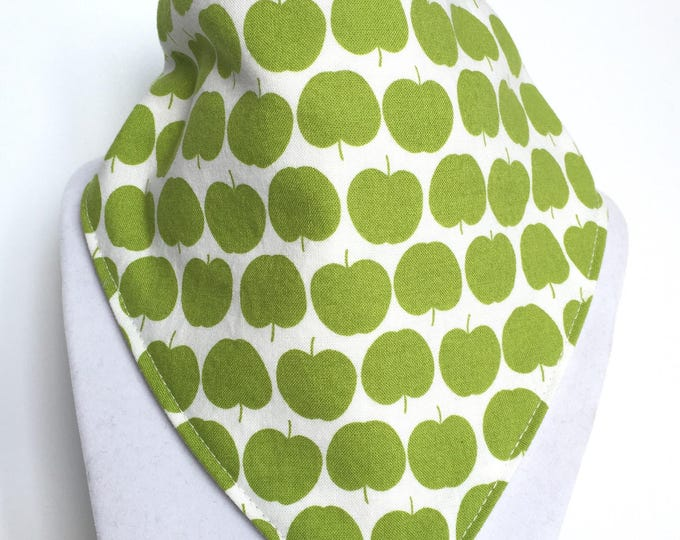 Apple bib / drool bib / bib