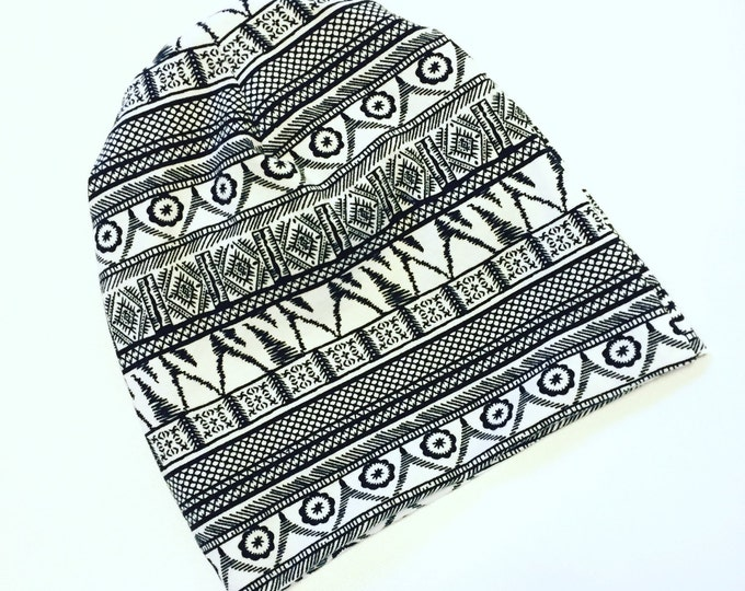 Black amd white graphic print baby beanie