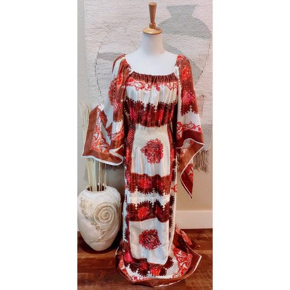 Vintage 70s Silk paisley angel sleeve bohemian cre