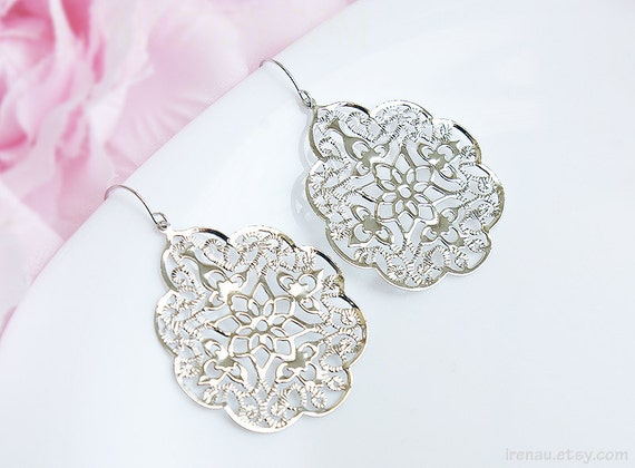 a21a308583be Large dangle silver metal lace earrings Silver filigree