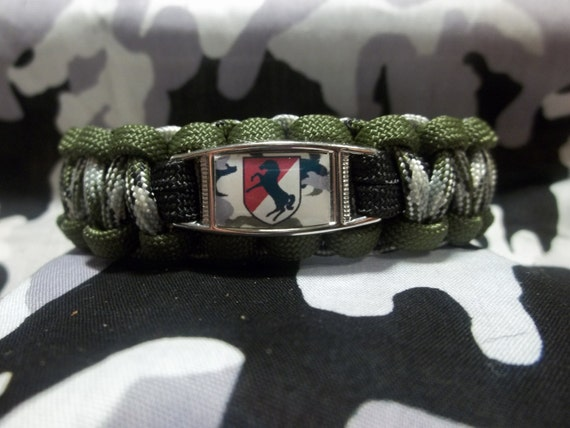 HANDMADE United States Army 11th Armored Cavalry Regiment BLACK HORSE Inspired 550lb Paracord Survival Bracelet