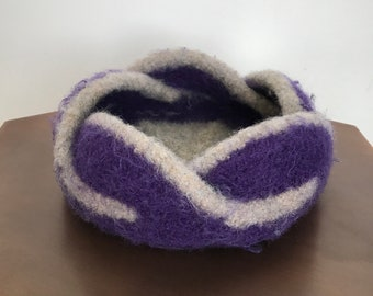Gorgeous Moebius 5 Petal Knitted & Felted Bowl-Purple/Gray
