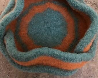 Gorgeous Moebius 3 Petal Knitted & Felted Bowl-Orange/Green
