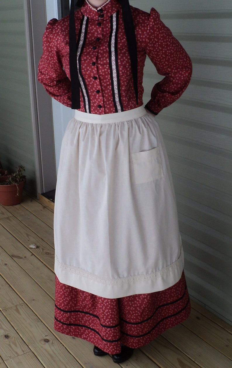 Victorian Edwardian Apron, Maid Costume & Patterns Womens old fashioned White cotton apron pioneer wild west Civil Colonial Revolutionary War Victorian maid costumes READY-TO-SHIP $16.00 AT vintagedancer.com