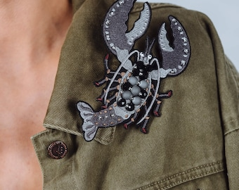 """Embroidered Brooch """"Grey lobster"""""""