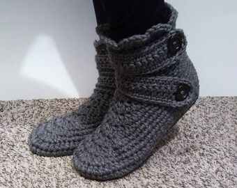Crochet women's shoes, Womens slippers, crochet slippers, crochet boots, gift for women, mother gift from daughter, women's fashion
