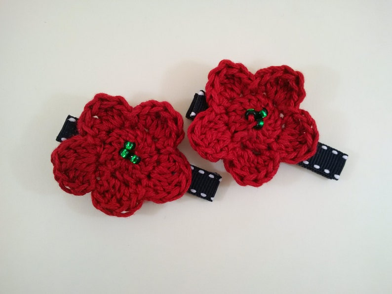 Set of Crochet Flower Hair Clips in Red Black and White image 0
