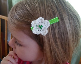 Set of Crochet Flower Hair Clips in White and Green