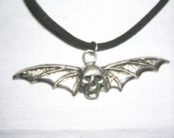 Magic Luminous Steampunk Bat Vampire Winged Skeleton Pendant Glowing In The Dark