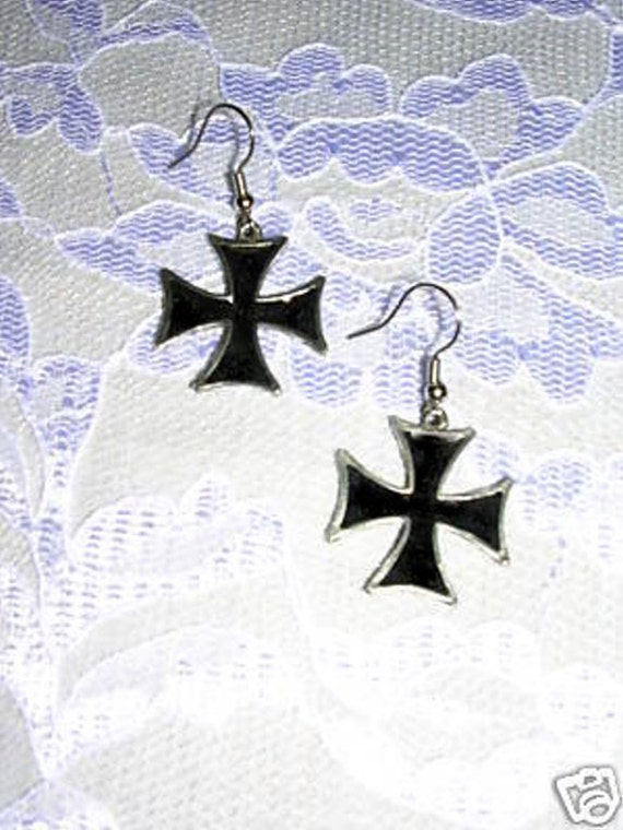 New MALTESE CROSS IRON CROSS White INLAY PEWTER PENDANT CORD NECKLACE