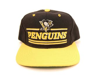 1d3516cc24d Vintage Pittsburgh Penguins Starter Snapback NHL Hockey Wool