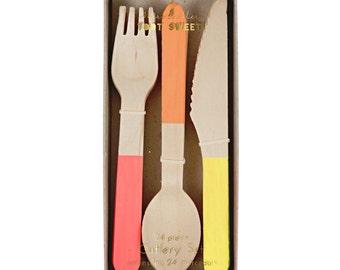 Wooden Cutlery Set- Neon