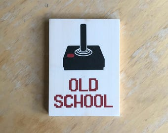 Gamer Sign - Old School - Retro Video Game Home Decor -  Video Game Art -  Geek Gamer Gift -  Retro 80s Wood Wall Hanging - Vintage Gamer