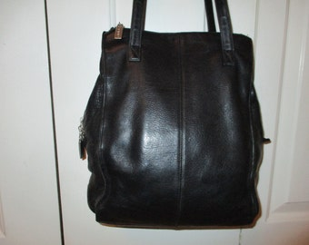 99cd217227 Vintage Hobo International leather shoulder bag