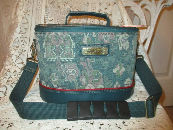 American Tourister tapestry train case