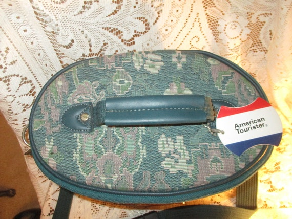 American Tourister tapestry train case - image 5