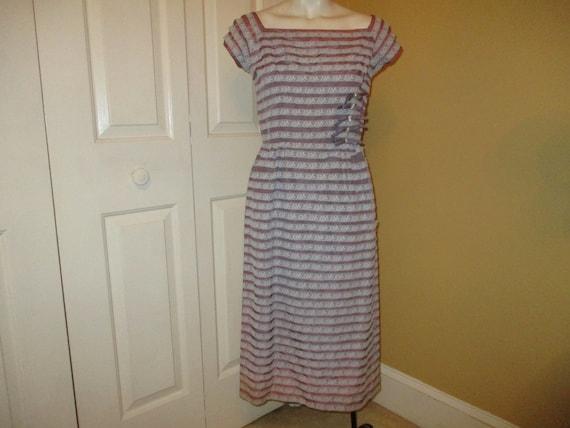 Minx Modes taffeta & lace wiggle dress