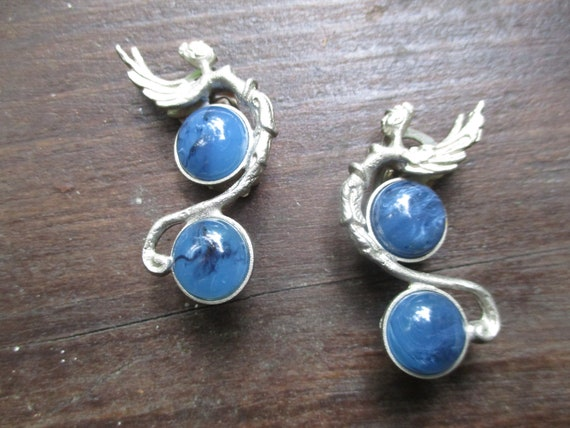 Particolari art nouveau winged female clip earring