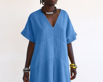 Blue mid-length dress, loose asymmetrical dress cut in hand-dyed cotton, very comfortable for the summer
