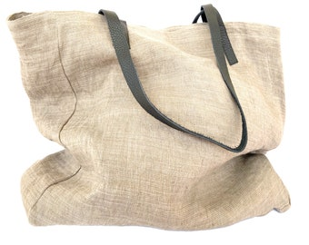 Large tote bag made of natural dye with clay and plants, beige color, recycled leather handles, bogolan bag