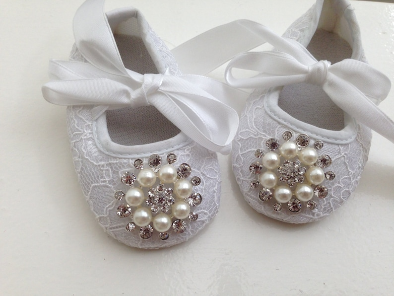 35a7cf757 White baby girl crib shoes Christening baptism lace baby