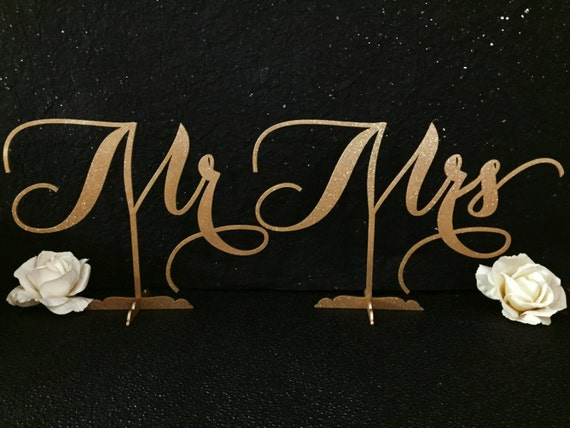 Mr. & Mrs. Sign, Mr and Mrs sign for Wedding, Mr. Mrs. Signs for Sweet Heart Table, Mr. Mrs. Signs for Home Decor