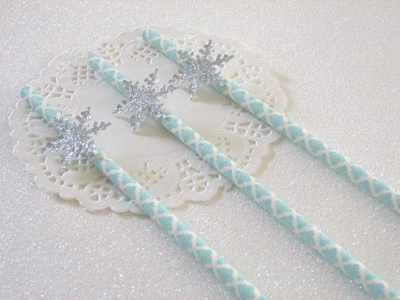 12 Snowflake Straws Winter Onederland Boy Boy Winter Birthday Christmas Straws Winter Shower Winter Boy Baby Shower Blue Silver Onederland