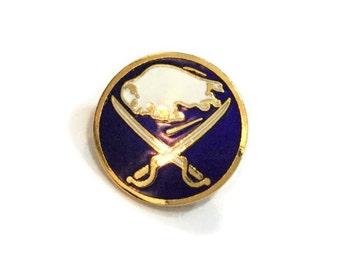 1986 SABRES Pin +Backs! New! Nos! Official NHL Hockey Collector Pin! Shiny Brass ~ Hard Enamel ~ Rare Vintage Retro ~ Great Gift Idea
