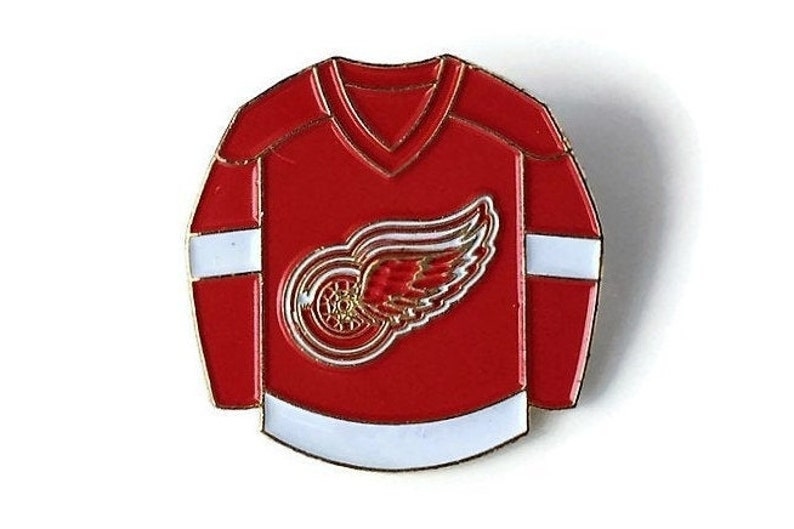 new arrival d8554 ec7f5 Vintage RED WINGS Pin + Backs! New! NHL Hockey League Logo Collector Pin!  Shiny Brass ~ Glossy Soft Enamel 1995 Retro Jersey Great Fan Gift!