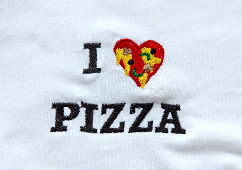 I heart pizza embroidered tshirt image 0