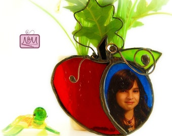 Stained Glass Wire Apple Photo Frame Suncatcher Keepsake, Christmas Teacher Gift, Whimsical, Red, Green, 4x5, Country, OOAK, Ornament,