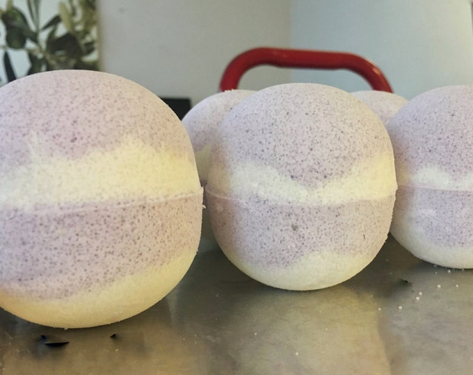 Bath Bomb - Black Raspberry Vanilla Bath Bomb
