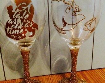 Stunning beauty & the beast / mrs potts chip gold glitter wine glass set