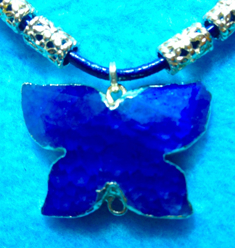 By Cherokee Designer Sale BUTTERFLY BLUE AGATE Bright Beautiful Gem+2 Blue Leather Cords Each 3mm Wide Necklace