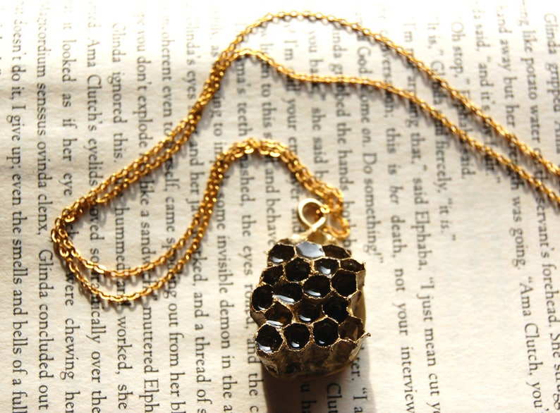Honeycomb Necklace Honey Bee Real Honey Comb Ring Bee Hive Bees Jewelry Bumble Raw Pendant Natural Original Handmade Gold Wax Organic Keeper