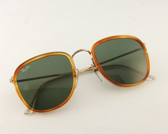 Ray-Ban W0869 Vintage Sunglasses by Bausch   Lomb - Ray-Ban - early 90s  sunglasses - Original Vintage Sunglasses - Rare - NBW - 23731339712a