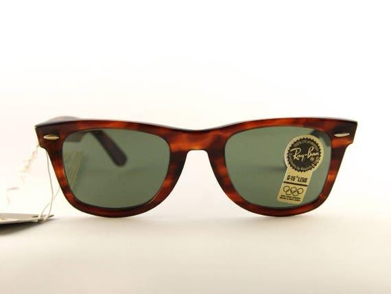 2e70110394f Ray-Ban LARAMIE - Vinatge Ray-Ban wayfarer - Sunglasses Bausch   Lomb - 80s  sunglasses - woman sunglasses - NBW