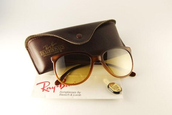 04aea84e93d816 Ray-Ban France Nylon Vintage Sunglasses by Bausch   Lomb   Etsy