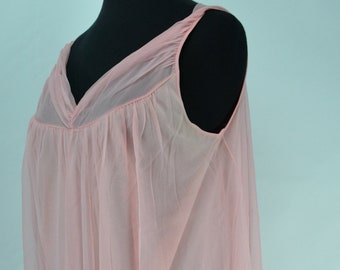 6a3271803 1960s Gotham Lingerie Pink Baby Doll Nightgown Nightgown